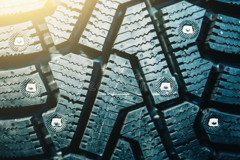 Het rubberwiel van de bandauto met beschermertextuur, sluit omhoog stock afbeeldingen