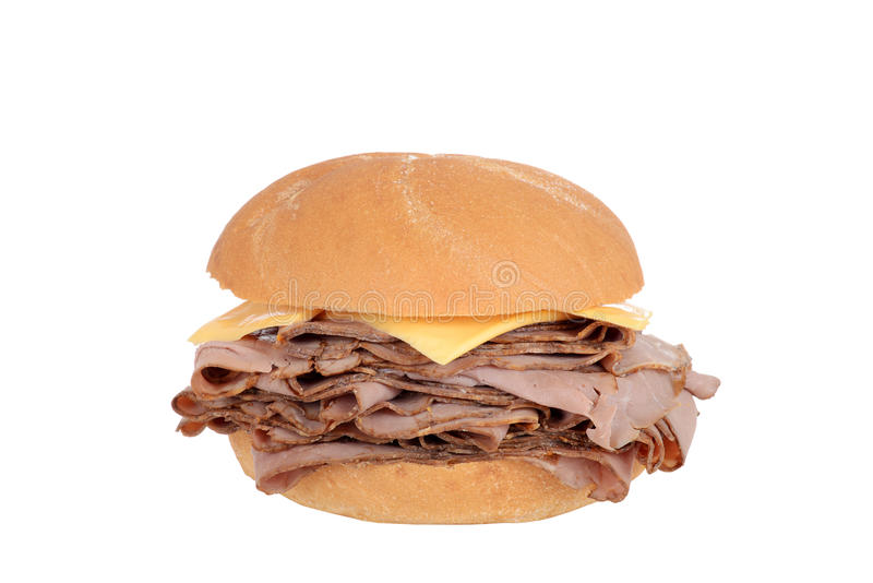 Het rundvleessandwich van het braadstuk met kaas stock fotografie