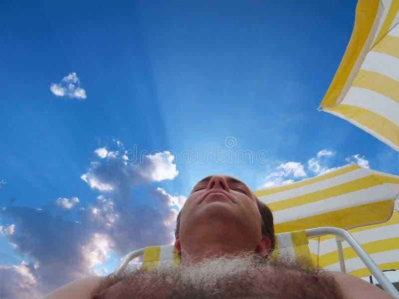 Het rusten in het strand