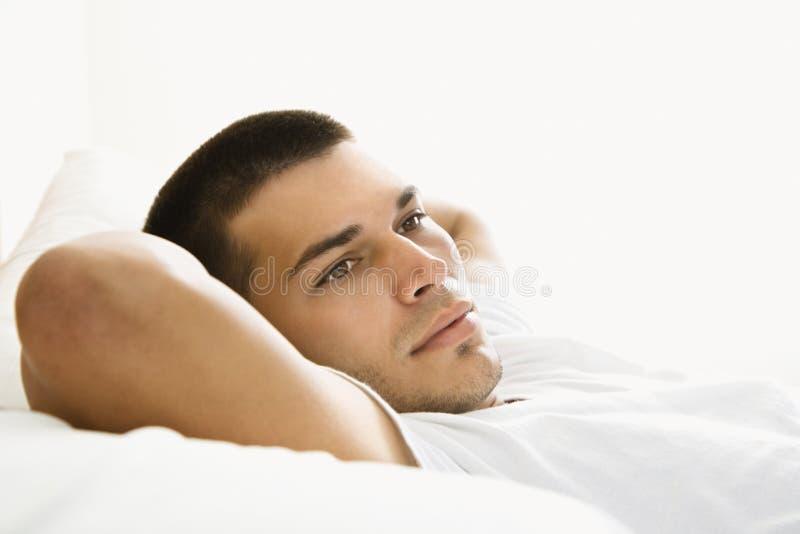 Het rusten van de mens. stock foto