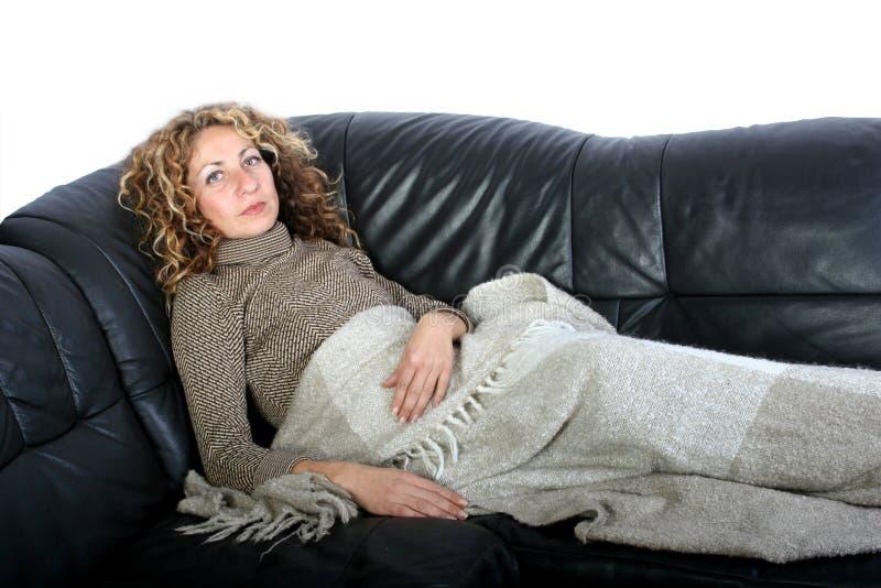 Het rusten van de vrouw royalty-vrije stock foto