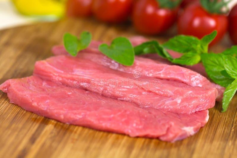 Het ruwe Lapje vlees van het kalfsvlees, sluit omhoog royalty-vrije stock foto's