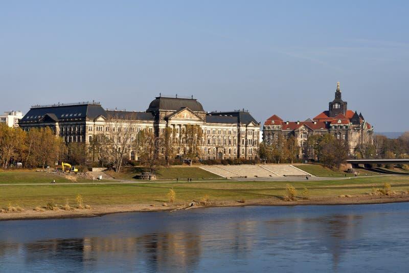 Het Saksische Ministerie van de Staat van Financiën in Dresden royalty-vrije stock foto
