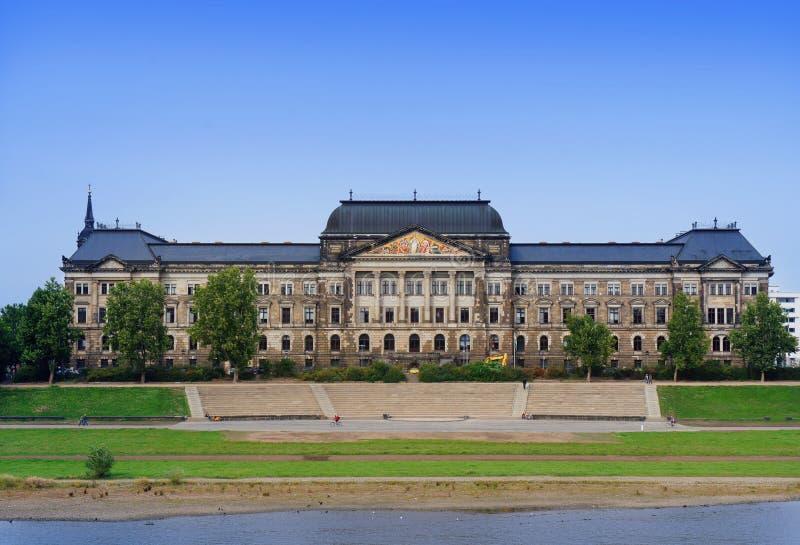 Het Saksische Ministerie van de Staat van Financiën, Dresden stock foto's