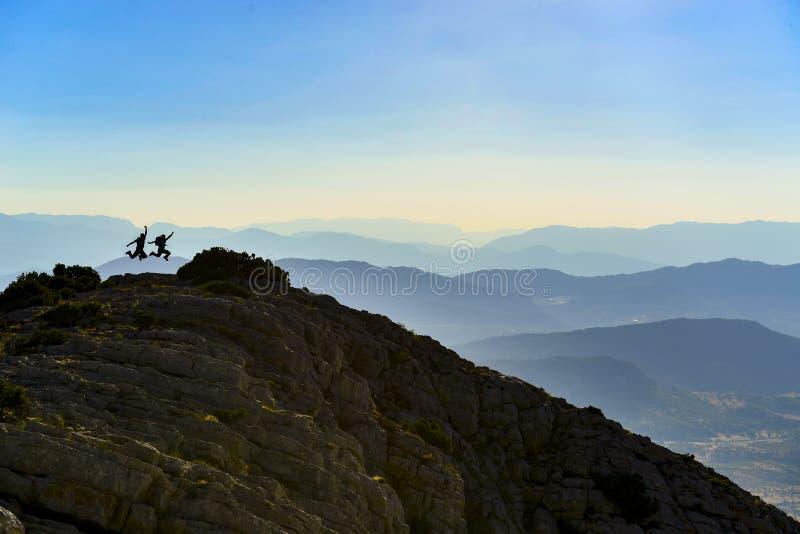 Het samenbrengen in de bergen stock foto's