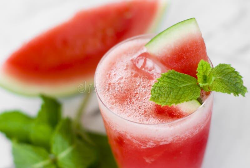 Het sap van de watermeloen stock fotografie