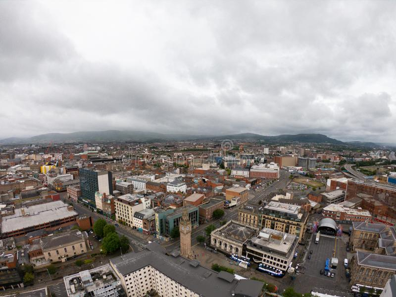 Het Satellietbeeld van Belfast, Noord-Ierland van architectuur en gebouwen Weergeven op Stad van hierboven royalty-vrije stock afbeeldingen