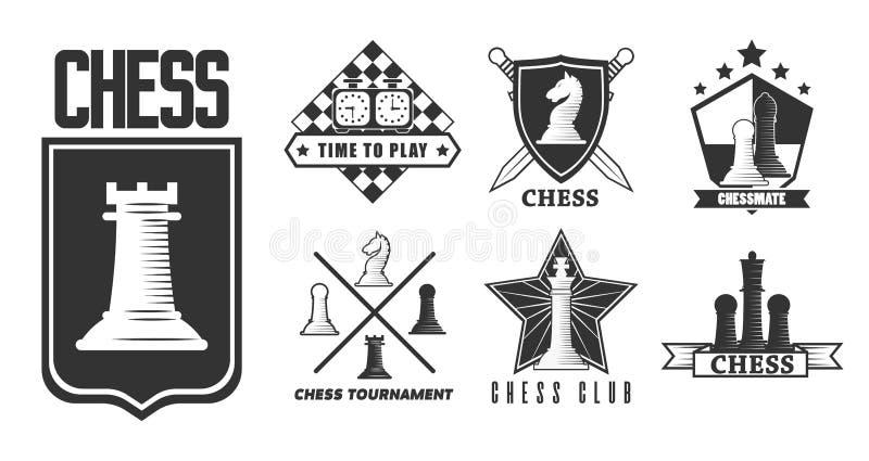 Het schaakspel isoleerde zwart-wit pictogramstukken en schaakbord vector illustratie