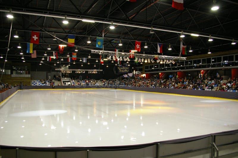 Het schaatsen van het ijs de concurrentie stock fotografie