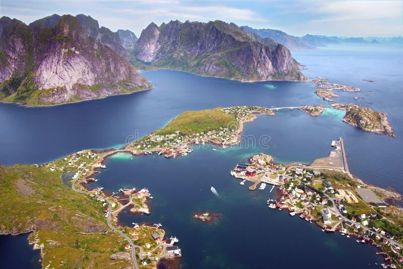 Het schilderachtige landschap van Noorwegen stock afbeelding