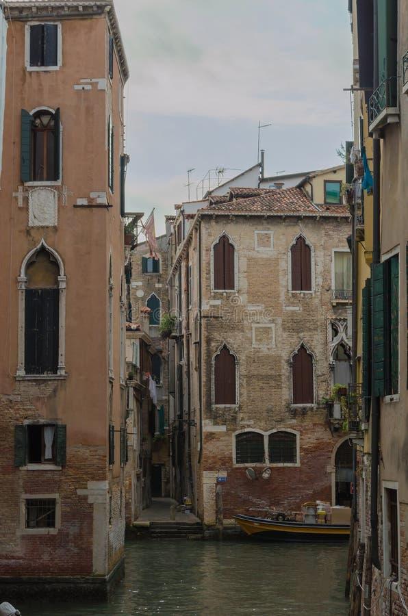 Het schilderachtige landschap van schitterend en charmant Venetië stock afbeelding