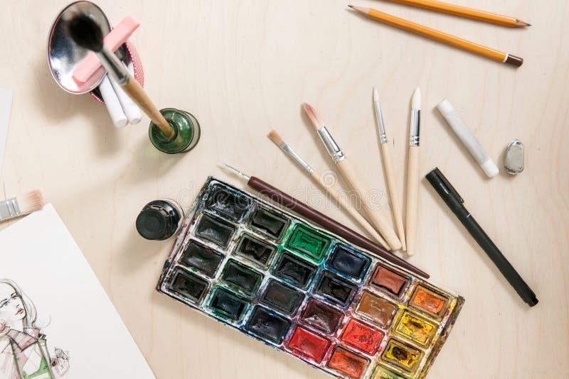 Het schilderen hulpmiddelenreeks van ontwerper stock afbeeldingen