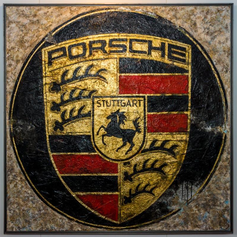 Het Schilderen Met Het Porsche Embleem Door Duitse Kunstenaar