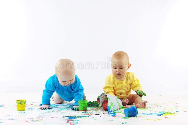 Het schilderen van babys royalty-vrije stock fotografie