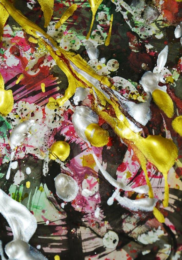Het schilderen zilveren roze donkere gele witte groene rode gouden donkere tinten, abstracte achtergrond royalty-vrije stock afbeelding