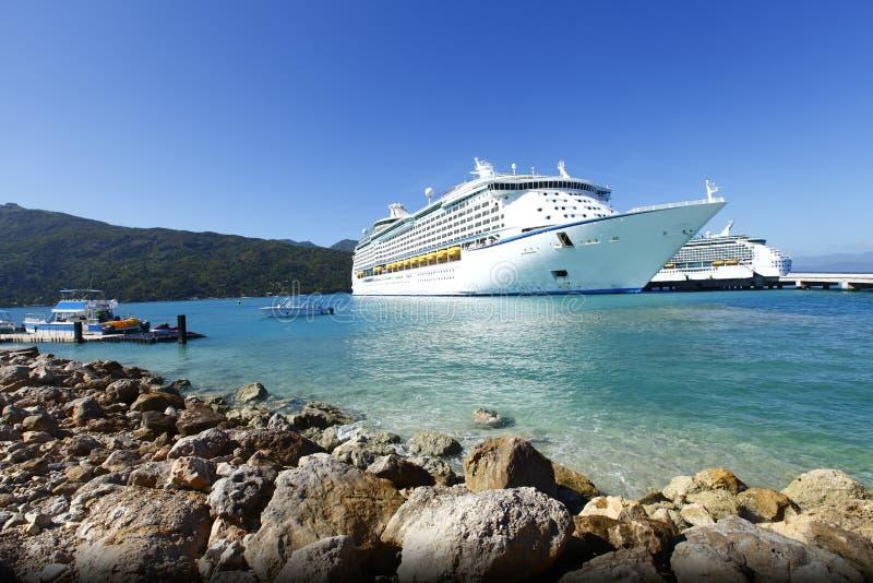 Het schip Caraïbische vakantie van de cruise stock foto
