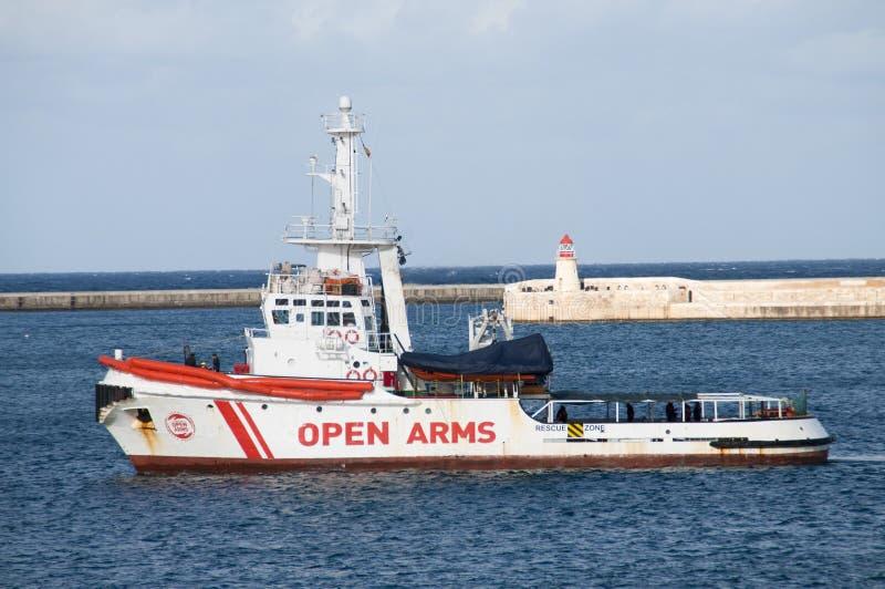 Het Schip` OPEN WAPENS ` van NGO Salvage/van de Redding stock foto's
