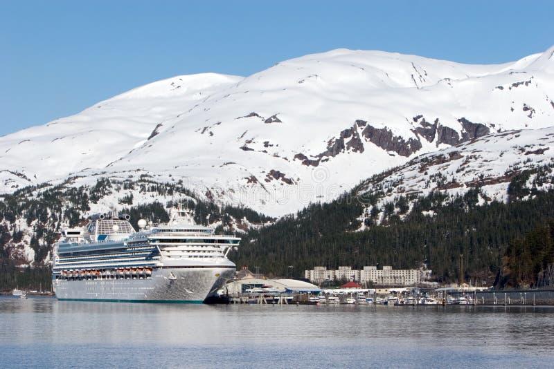 Het schip van de cruise in Alaska royalty-vrije stock afbeeldingen