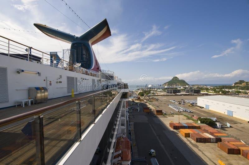 Het Schip van de cruise in Mazatlan royalty-vrije stock fotografie