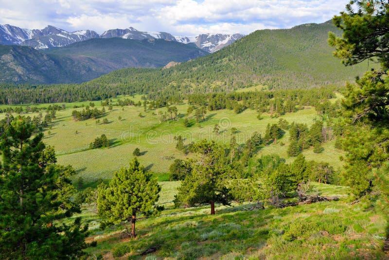 Het schitterende rotsachtige hoge alpiene landschap van het bergen nationale park, Colorado royalty-vrije stock foto