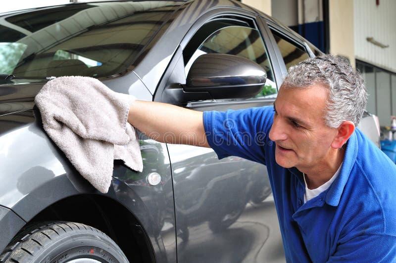 Het schoonmaken van de auto. royalty-vrije stock foto