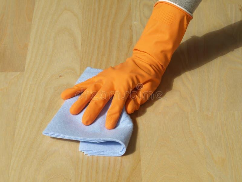 Het schoonmaken van de vloer stock fotografie