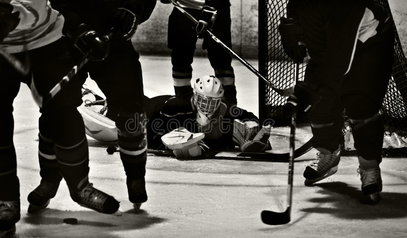Het Schot van de Actie van het ijshockey stock afbeelding