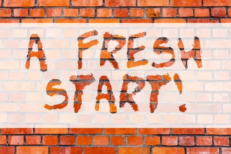 Het schrijven nota die een Nieuwe start tonen Bedrijfsfoto die Nieuw begin demonstreren die richting en strategieën veranderen aa stock afbeeldingen
