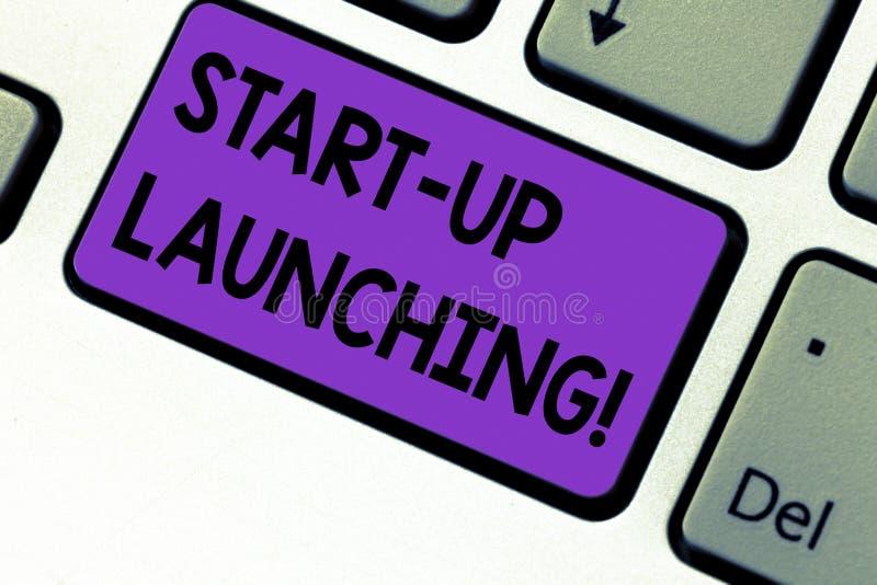 Het schrijven nota die Start Lancering tonen De beginnende strategieën van de bedrijfsfoto demonstratielancering van onlangs te v stock afbeelding