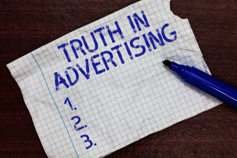 Het schrijven nota die Waarheid in Reclame tonen Propaganda van de de Reclamepubliciteit van de bedrijfsfoto demonstratiepraktijk stock afbeeldingen