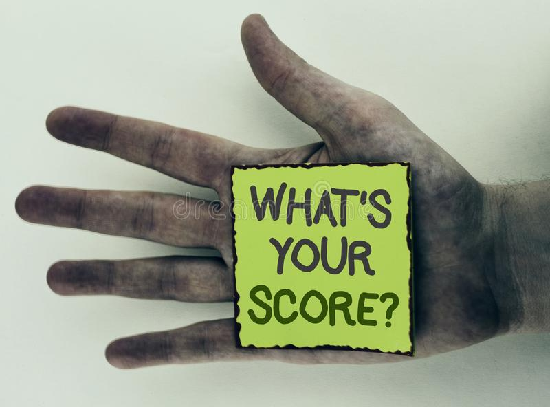 Het schrijven nota die wat tonen Uw Scorevraag is De bedrijfsfoto demonstratie vertelt Persoonlijke Individuele Classificatie Gem royalty-vrije stock foto's