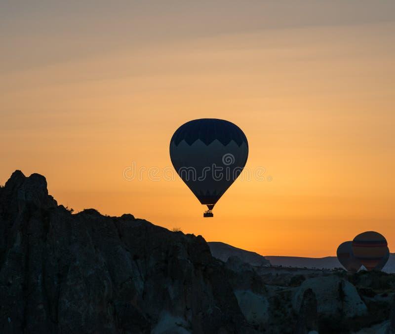 Het silhouet van de hete luchtballon royalty-vrije stock foto