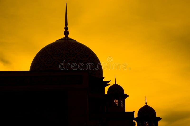 Het silhouet van de moskee stock afbeelding