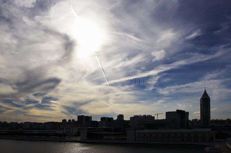 Het silhouet van de stad stock fotografie