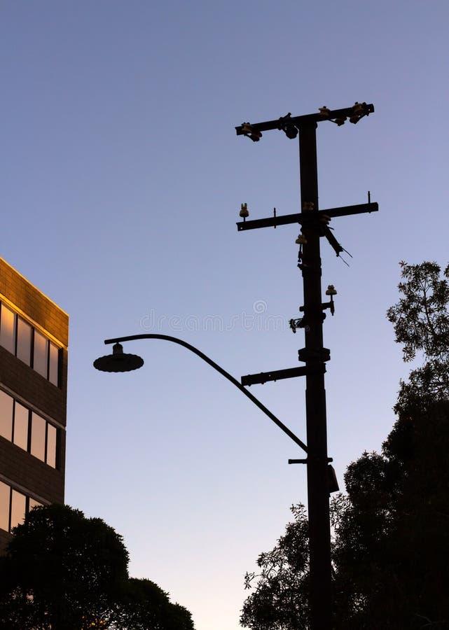Het Silhouet van de straatlantaarnochtend royalty-vrije stock foto