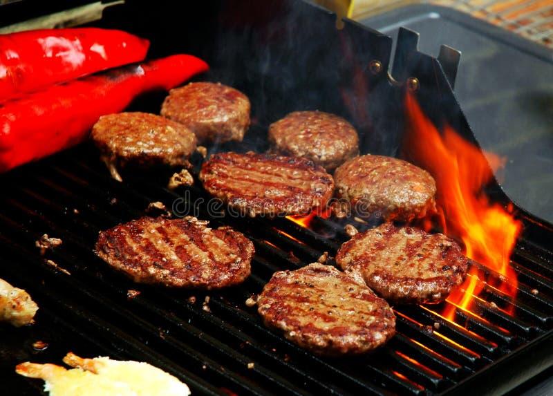 Het sissen van de barbecue van de Zomer royalty-vrije stock afbeeldingen