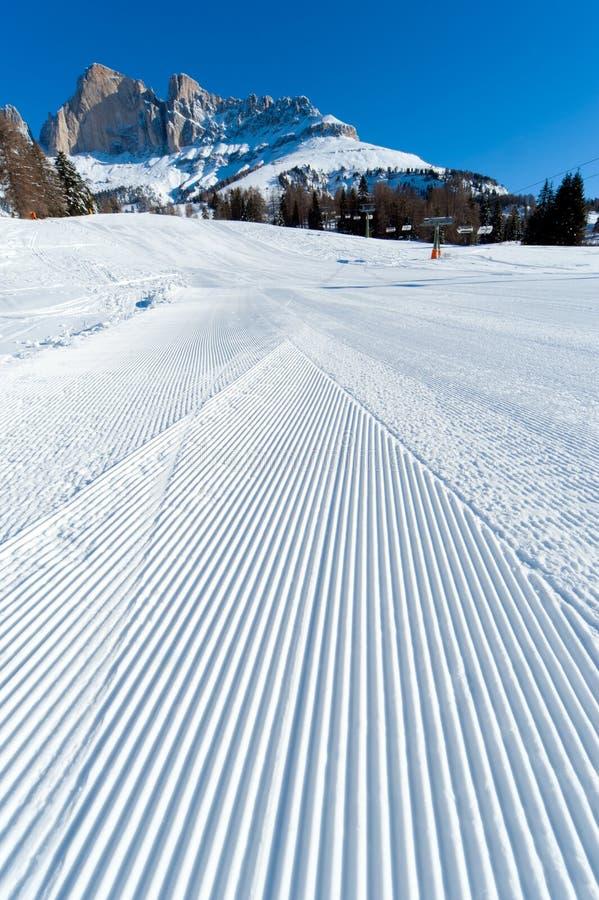 Het ski?en helling stock foto