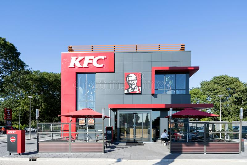 Het snelle voedselrestaurant van KFC in Spijkenisse, Nederland stock afbeeldingen