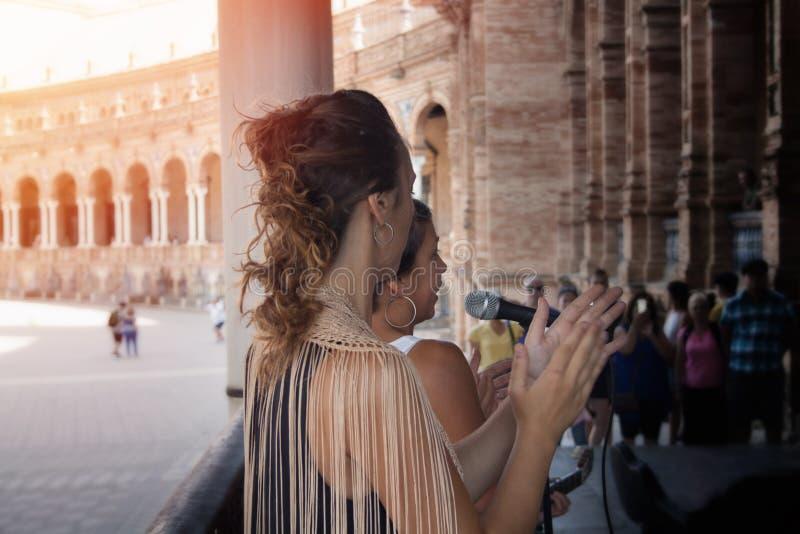 Het Spaanse flamenco dansen stock fotografie