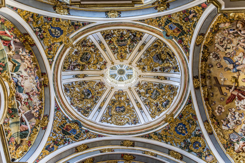 Het Spaanse Oriëntatiepunt van Burgos Cathedral stock foto