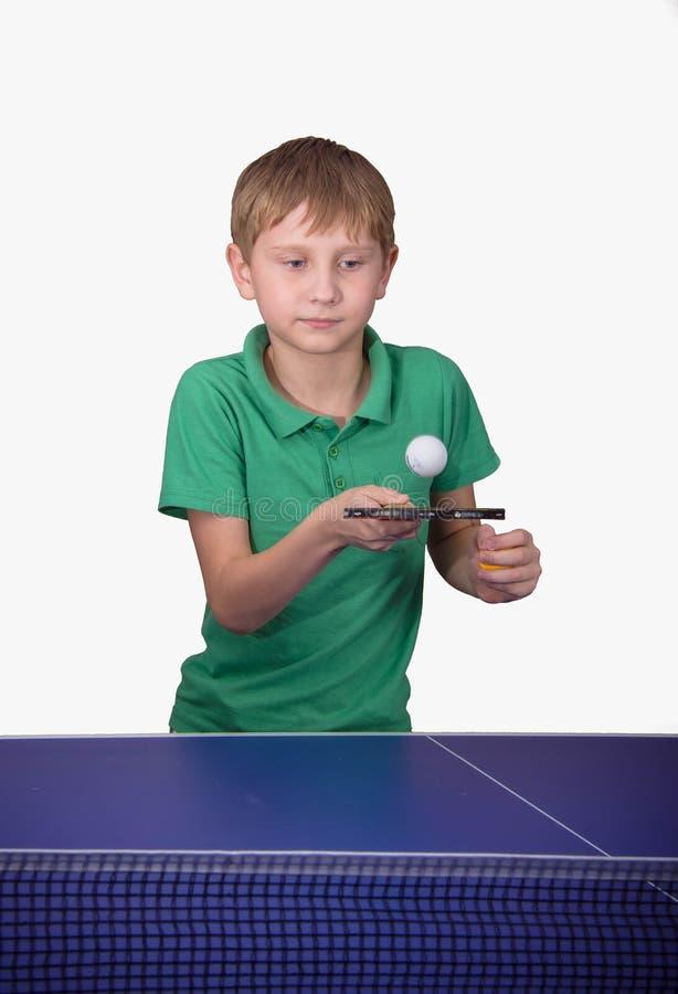 Het speelpingpong van de jongen royalty-vrije stock foto's