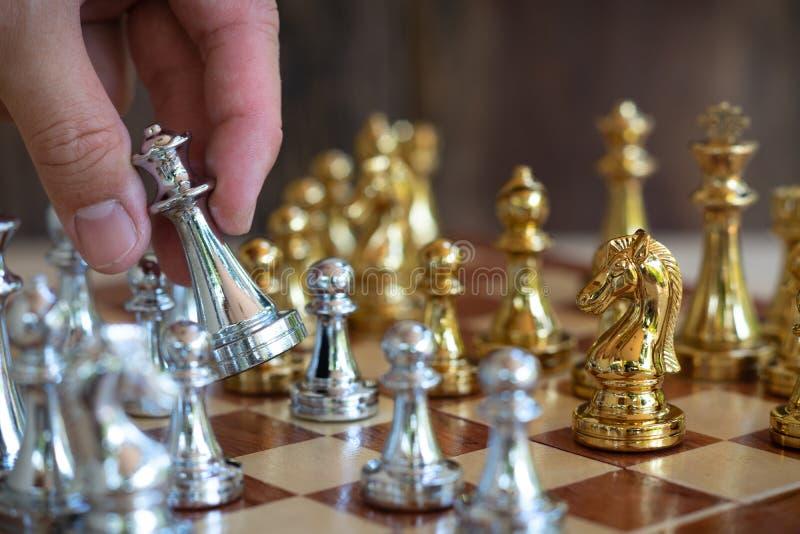 Het spel van de schaakraad, bedrijfs concurrerend concept, exemplaarruimte stock foto's