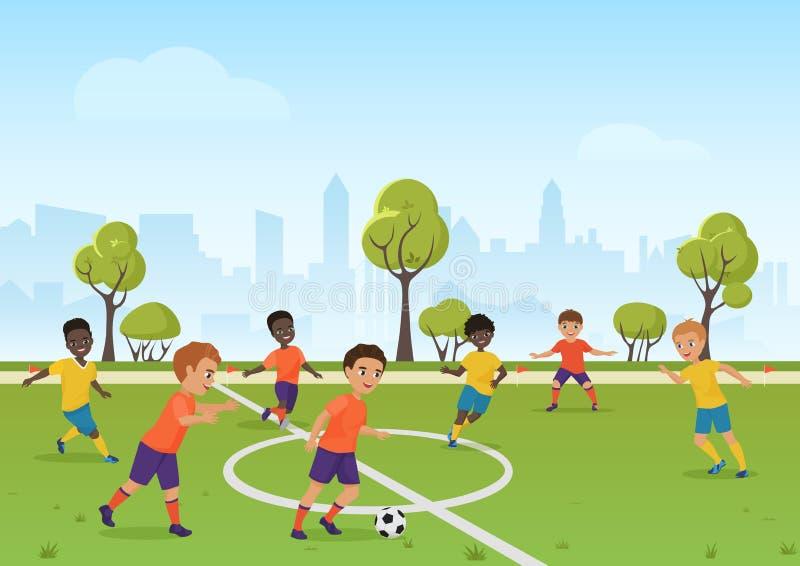 Het spel van het jonge geitjesvoetbal Jongens die voetbalvoetbal op het gebied van de schoolsport spelen De vectorillustratie van vector illustratie