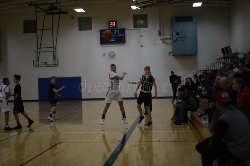 Het Spel van het middelbare schoolbasketbal royalty-vrije stock afbeelding