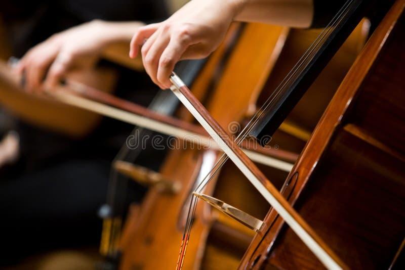 Het spelen Cello royalty-vrije stock fotografie