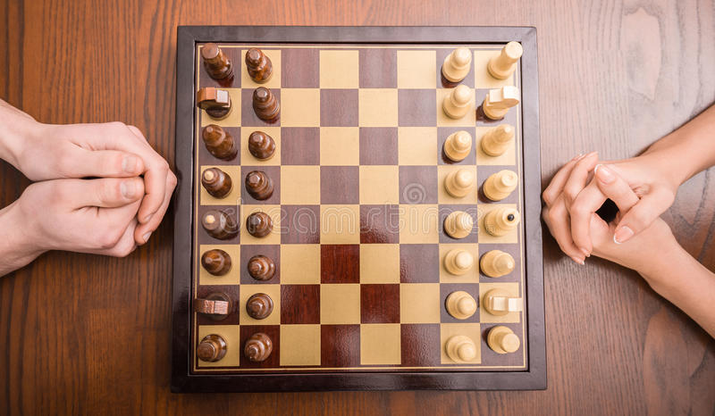 Het spelen schaak royalty-vrije stock foto's