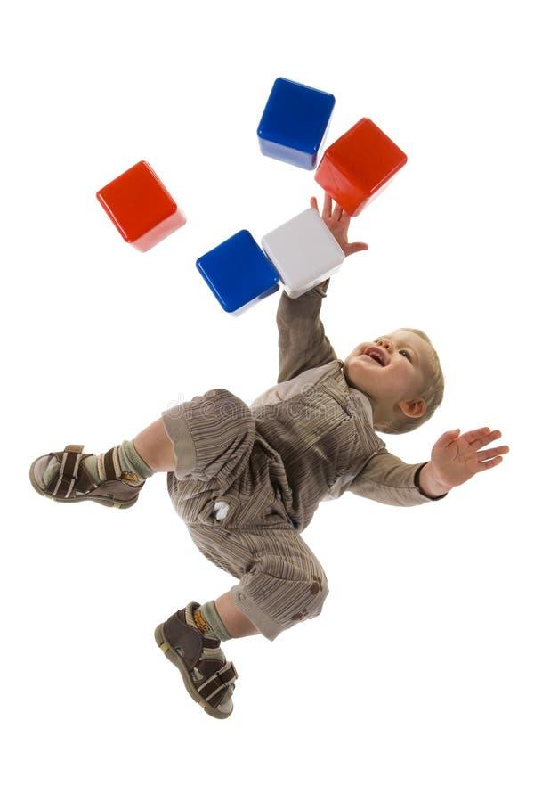 Het spelen van het kind met blok royalty-vrije stock afbeelding