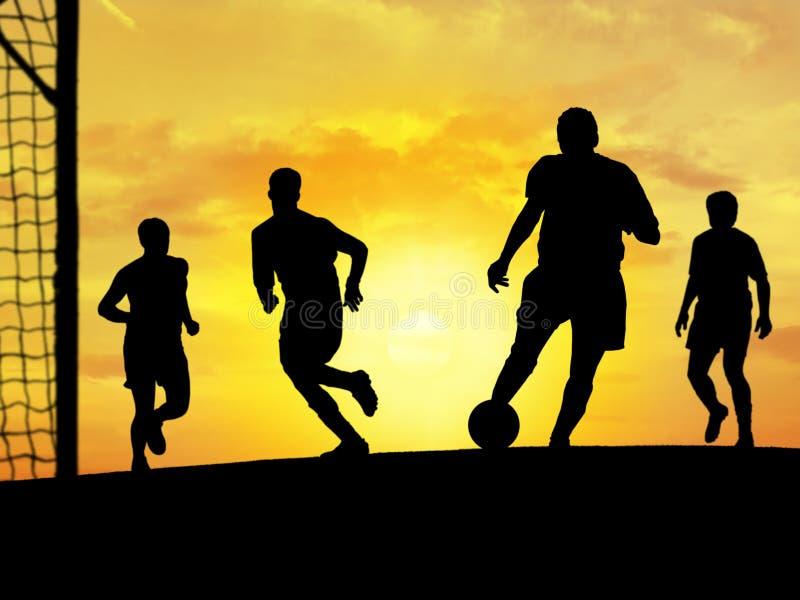 Het Spelen van het voetbal (Zonsondergang) royalty-vrije illustratie