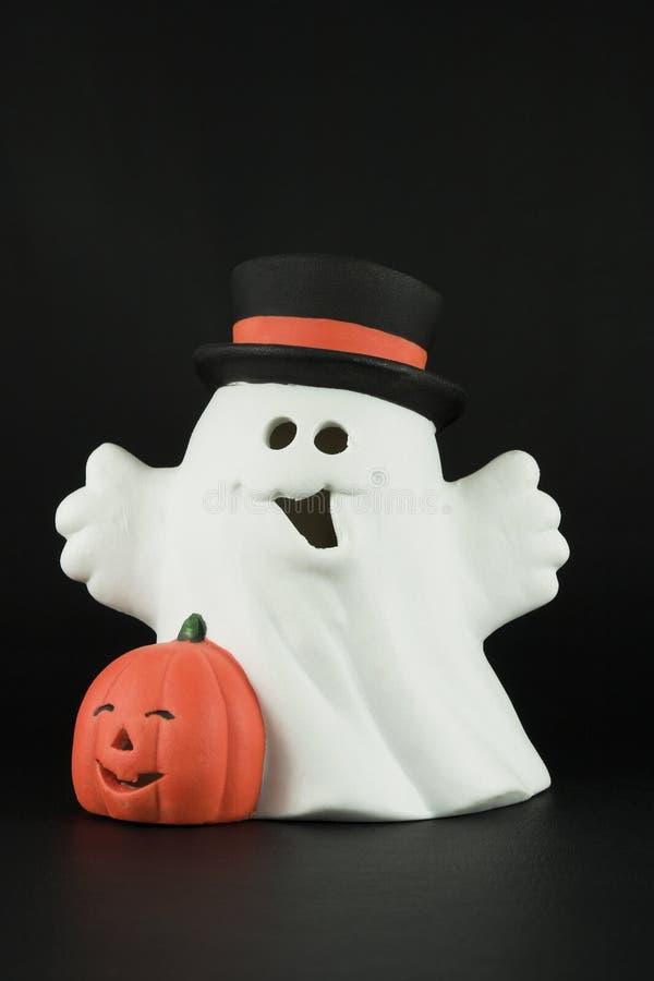 Het spook van Halloween op zwarte stock foto