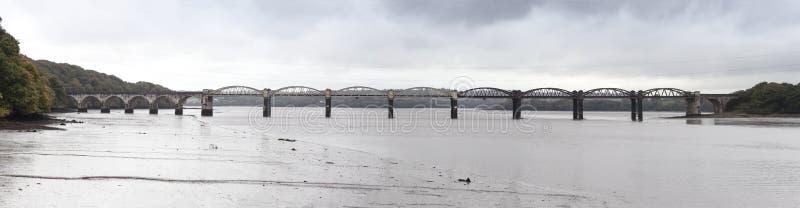 Het Spoorbrug van riviertavy royalty-vrije stock afbeeldingen